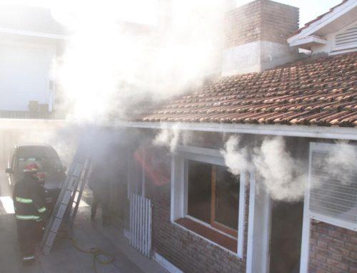 Incendio en una vivienda por aparente cortocircuito