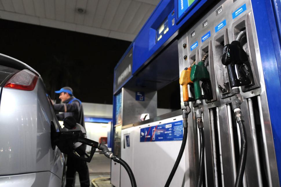 Photo of Combustibles: volvieron a aumentar desde este sábado un 6%