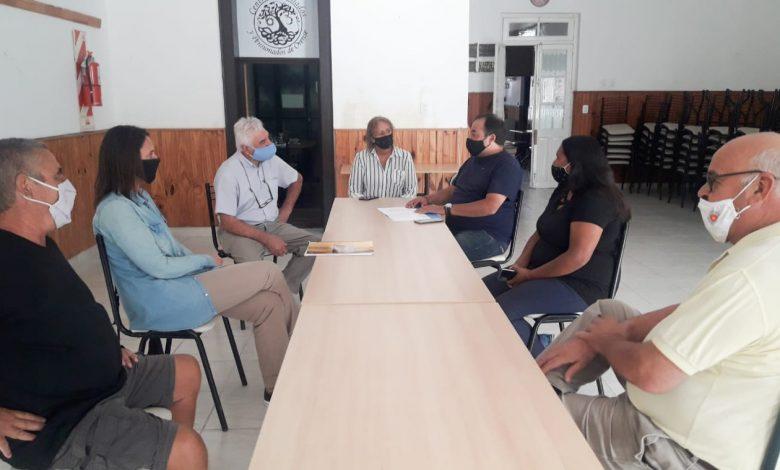 Photo of Pity Federico con el Programa de Fortalecimiento Institucional en los Centros de Jubilados de las Localidades