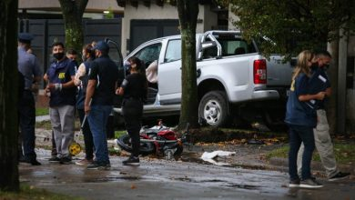 Photo of Rosario: Un conductor persiguió, atropelló a dos ladrones que le habían robado y mató a uno